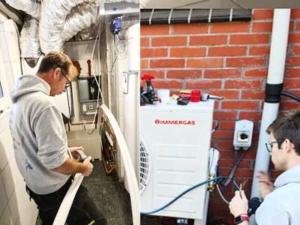 Inbedrijfstelling van een lucht-water warmtepomp van Immergas, Donkerbroek